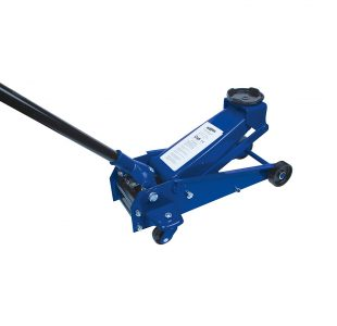 Hydraulic Trolley Jack 2 1/4T made by Brüder Mannesmann Werkzeuge. Product description Trolley Jack Maximum Load Capacity: 2250kg Lifting height 140 mm – 495 mm